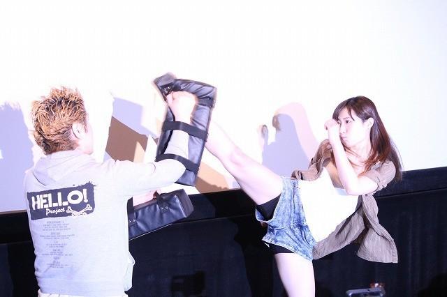画像: 武田梨奈、見事なキックを披露!「今年はアジアに飛び出していく」と意欲も!