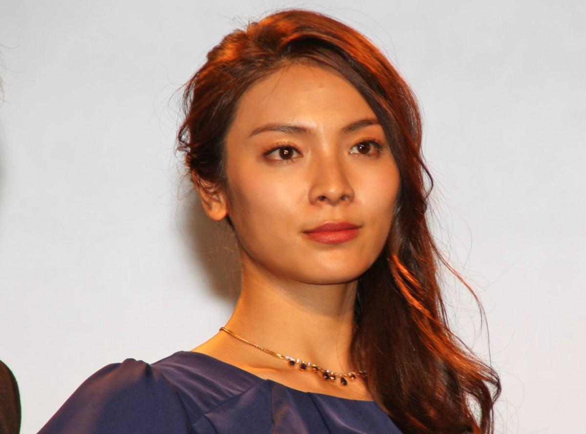 画像: 秋元才加「シャーロックホームズ」ミュージカルで盲目の美女役に挑戦