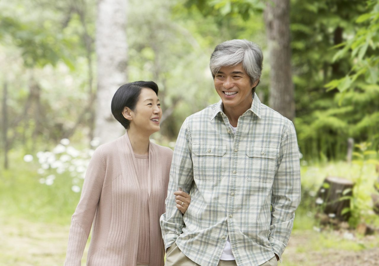 画像1: 佐藤浩市と樋口可南子が大人が感動できる人生の映画に挑戦。『愛を積むひと』6月公開!