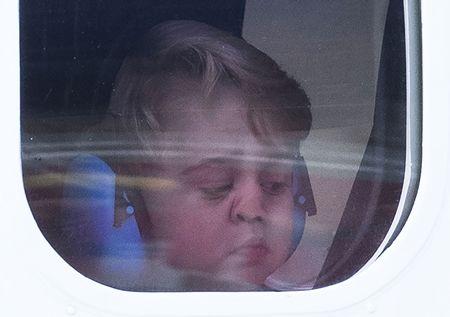 ジョージ王子 Prince George イギリス 2016年 総まとめ 総集編 一年を振り返る 総復習 ロイヤルファミリー イギリス王室 飛行機 鼻ぺちゃ レア 癒し カナダ