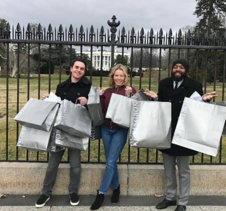 チェルシー・ハンドラー Chelsea Handler ノードストローム Nordstrom ショッピング ホワイトハウス