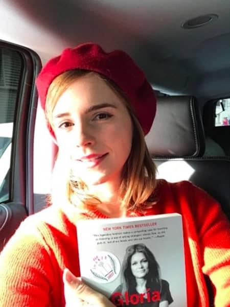 エマ・ワトソン フェミニズム フェミニスト 本 国際女性デー Emma Watson Feminist Book National Womans Day