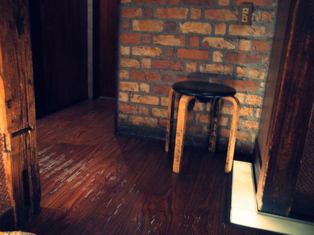 画像: 一つのジャンル(市場)に椅子は一つか?