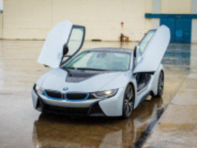 画像: BMW「i8」を写真で見る--未来的なデザインのプラグインハイブリッド - CNET Japan