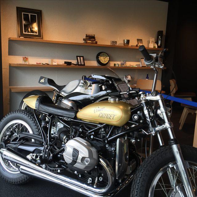 画像1: オートバイ文化啓蒙の親善大使?