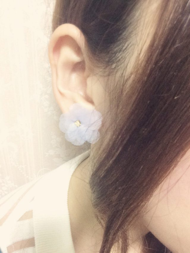画像: お花ピアス♡