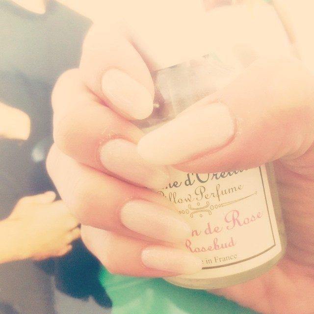 画像: #simple#nail#new#beige#シンプル#ネイル#ベージュ instagram.com