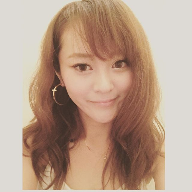 画像: #髪ふわふわ#髪伸びた#目が三重#このまま治らなかったら両方三重に整形する instagram.com