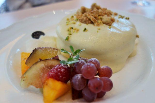 画像: なると金時のパンケーキ ふくよかで、可愛い甘さにメロメロです