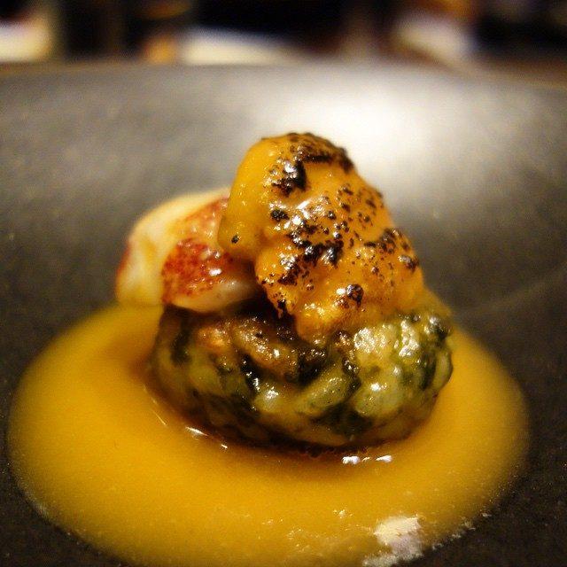 画像: シルク。仏語でサーカスという名のレストラン。【オマール海老、生ウニ、焼きリゾット】アンサンブルなトリック!