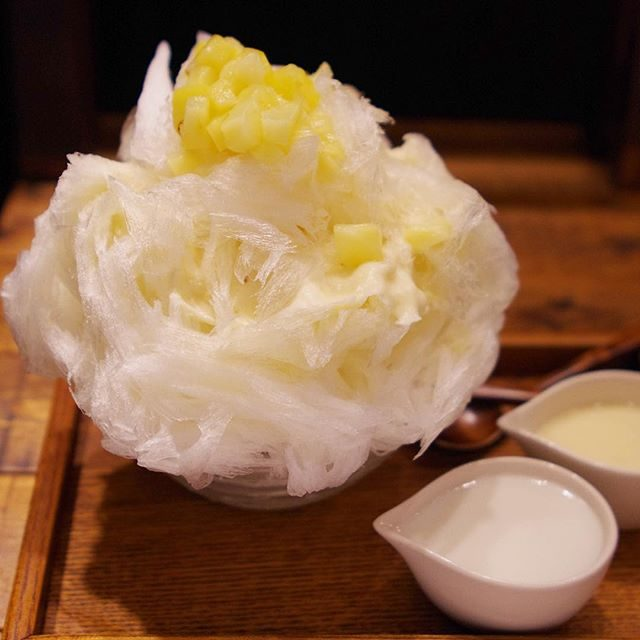 画像: 沖縄料理とかき氷「うるま食堂 」石垣ピーチパインのかき氷 - スイーツ番長 オフィシャルサイト