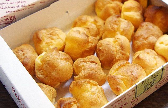 画像: 昭和30年代からずっと店頭で人気のベビーシュークリーム - ippin(イッピン)