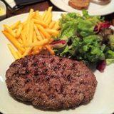 画像: 6年前にオープンした、ニューヨークスタイルの赤身熟成肉炭火焼きレストラン「ゴッサム グリル」。当初からずっと正統派熟成肉としてやっているけれど、当時はまだ熟成肉に世間はついてきてなかったなあ(笑) 今の熟成肉ブームのものには似非が多いし。 ランチの ... instagram.com
