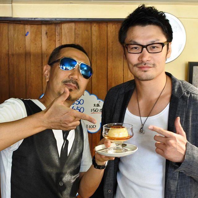画像: K-1MAX2006・2007日本王者K-1MAX2010世界準優勝、キックボクシング世界4階級制覇、佐藤嘉洋の実家の喫茶店で、ご本人さまとスイーツ!(笑) 名物は純喫茶のマスター手づくりプリン! 懐かしい美味しさにウルっときちゃう! instagram.com
