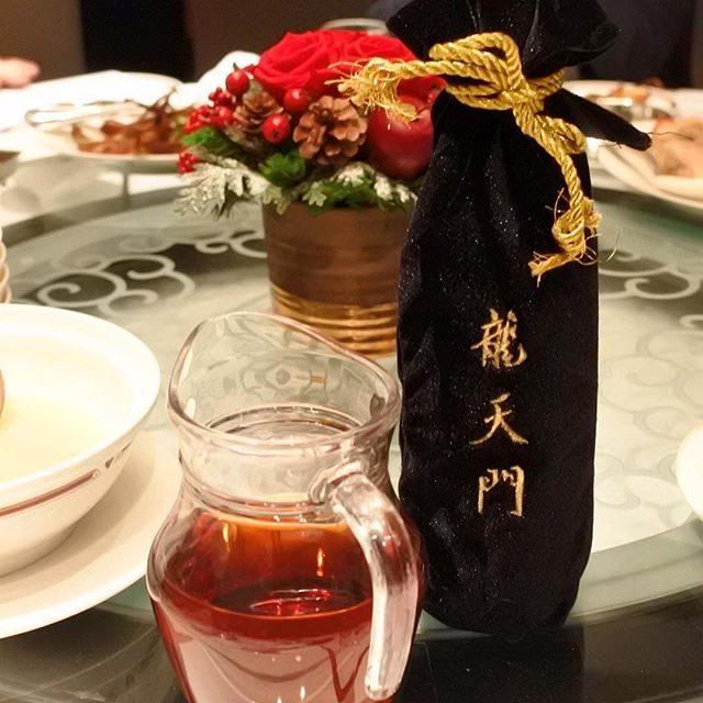 画像: キミより歳上の龜出し30年もの紹興酒〜 #アメージングうめーじんぐ  #広東料理 www.instagram.com