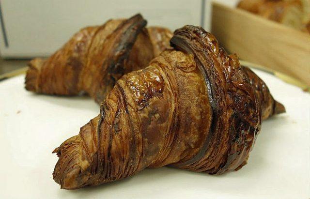 画像: 小麦とバターリッチな芳醇な香り。自宅で手軽に再現できるパン職人の本格クロワッサン - ippin(イッピン)