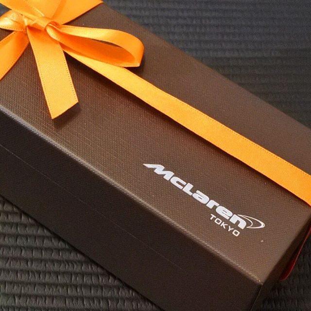 画像: スーパーカーの最高峰マクラーレン東京の顧客パーティーノベリティスイーツは、ガトーショコラの最高峰「ケンズカフェ東京」の特撰ガトーショコラでした! 「ファミマ!」のチョコレートデザートの監修といい、どちらもケンズカフェ東京の魅力を物語るものですねえ。 ... www.instagram.com