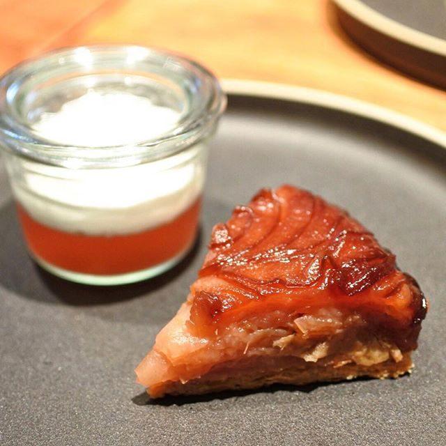 画像: デザートは「紅玉のタルトタタン りんごジュレとクレームシャンティ」。 こういう、タルトのデザートが美味しいフレンチっていいねー! #タルトタタン www.instagram.com