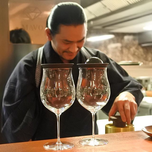 画像: 今夜は、劇画チックな男の店でディナー! この店の引力は物凄い!!!(笑) #祇園MAVO #アメージングうめーじんぐ  #kyoto www.instagram.com