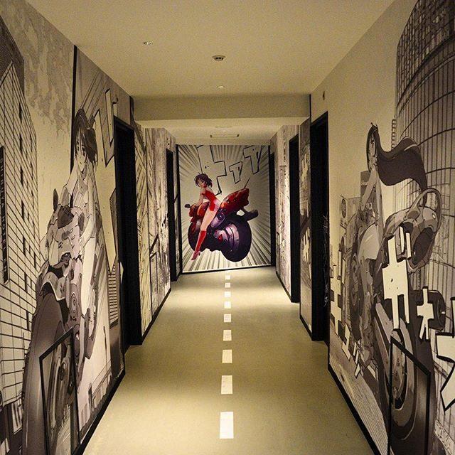 画像: #渋谷円山町 日本有数の #ラブホテル 街に 従来の #ラブホ、 #シティホテル にもない、本能に訴える #ホテルが誕生した〜 1Fにはミシュランスターレストランで経験積んだシェフがビストロ&バーもあるから、下心ある男性は下見しといた方がいいよ〜! ... www.instagram.com