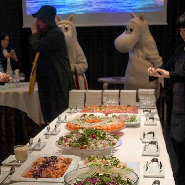 画像: #ムーミン谷 のレセプション?? フィンランド大使館商務部のプロモーション「Naturally Delicious」のレセプション。地球最北限の農産物や食材はシンプルで美味しい!! #フィンランド大使館商務部 www.instagram.com