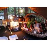 画像: 日本初といっていい、本格的グランピングリゾート #星のや富士 。 その醍醐味は シェフのキャンプ飯と呼ぶ 「ダッチオーブンディナー」。赤松林のテントの下、テーブルとコンロを設えたクラウドキッチンで、専属シェフが目の前で調理しながらストウブ料理を楽し ... www.instagram.com