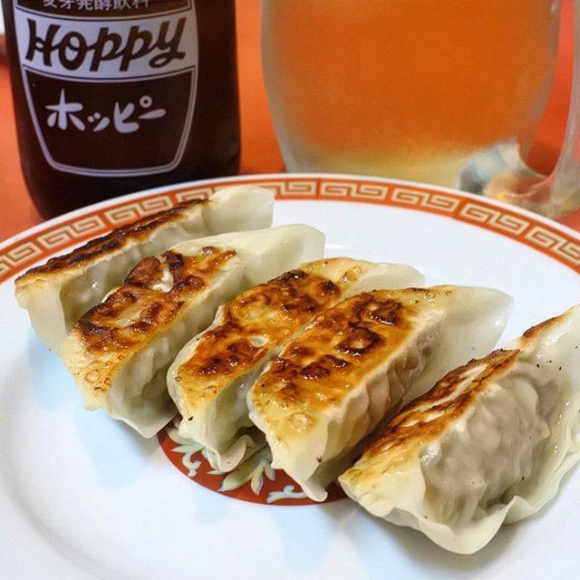 画像: 一日のお疲れ様には #ホッピー と #焼き餃子 ! www.instagram.com