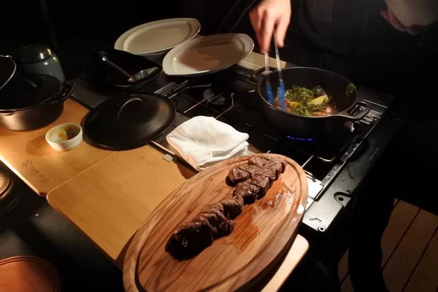 画像5: クラウドテラスでプライベートシェフとともにダッチオーブンに挑戦するクラウドキッチン