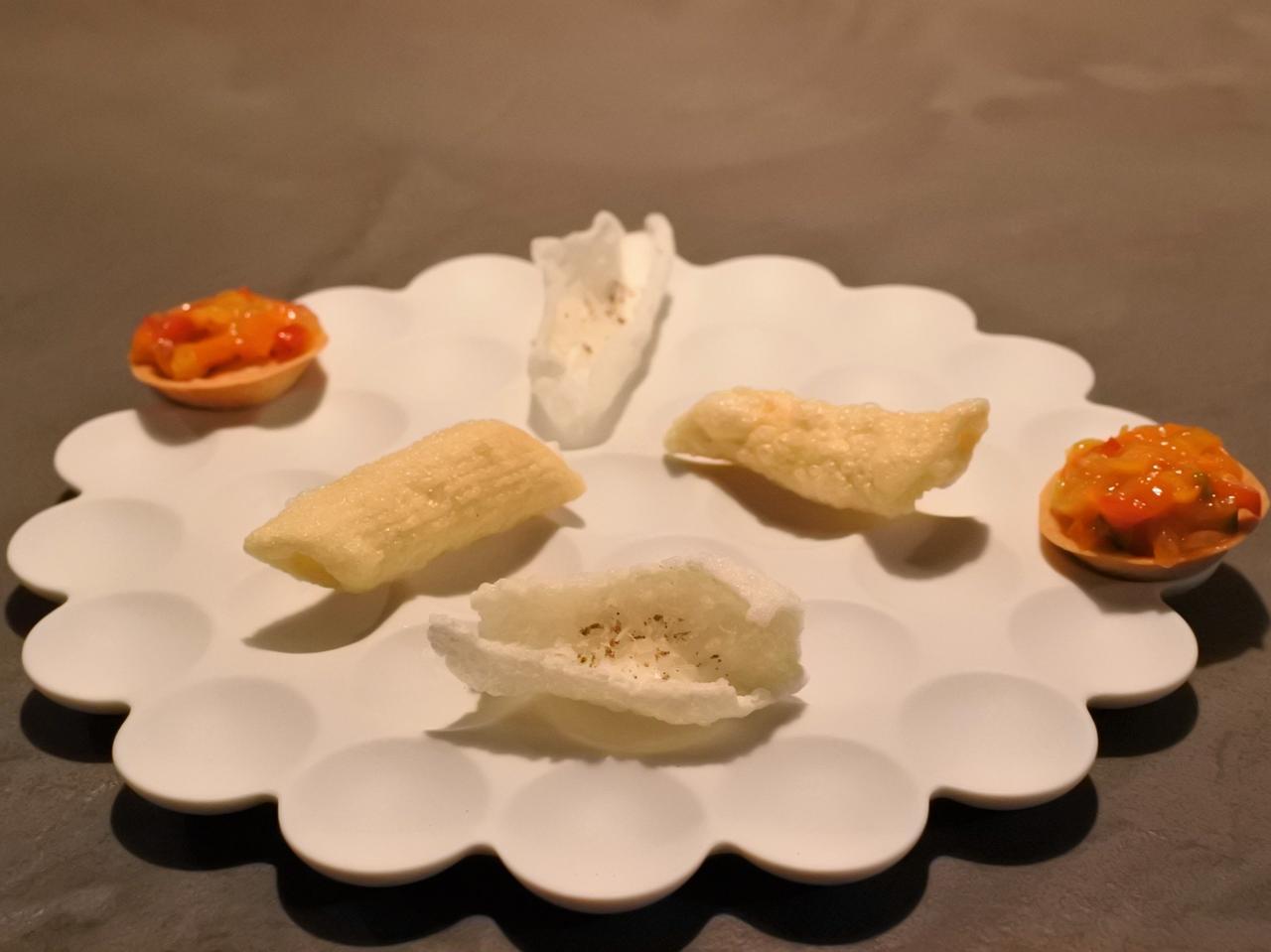 画像: お米のクロッカンテ、ペンネのフリット、カボーナータのタルト