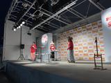 画像: はあちゅう、田中里奈、桃ちゃん、そして フォーランデブーはっしー の爆笑トークステージ