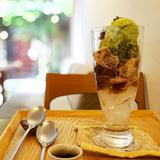 画像: 京都 うめぞのcafe&gallery の#パフェ  甘さ控えめで、はんなりとしたお味! #パフェラッチ  #抹茶デザート  #わらび餅 www.instagram.com