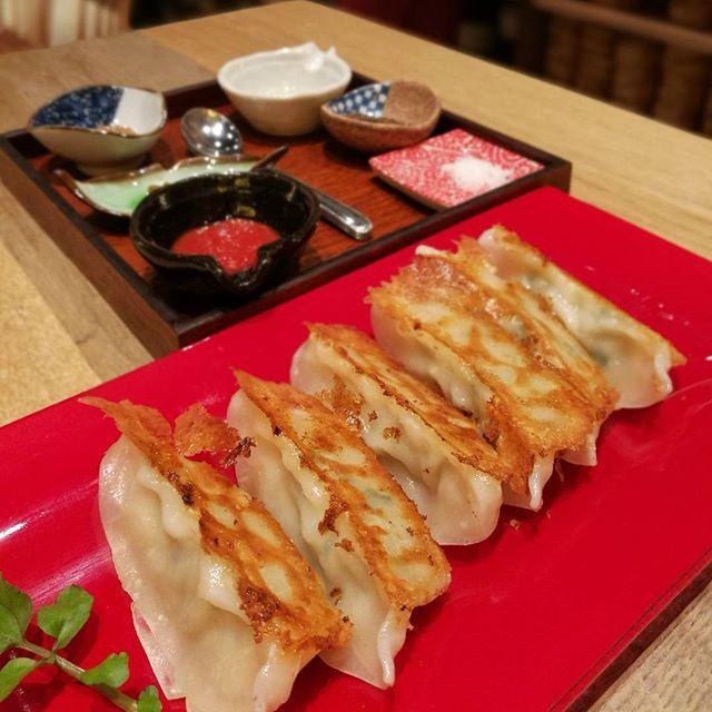 画像: 味の素冷凍食品が日式餃子(焼き餃子)を #GYOZA  として世界に発信するコンセプトレストラン「GYOZA  IT.」 以上!(笑) #餃子 #gyozait www.instagram.com