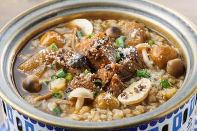 画像: 秋香るキノコのブラックスープ&トリュフの和牛リゾット おすすめ:トレンドグルメ担当 はあちゅう gourmet-kingdom.com