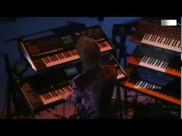 画像: TM NETWORK / Self Control www.youtube.com