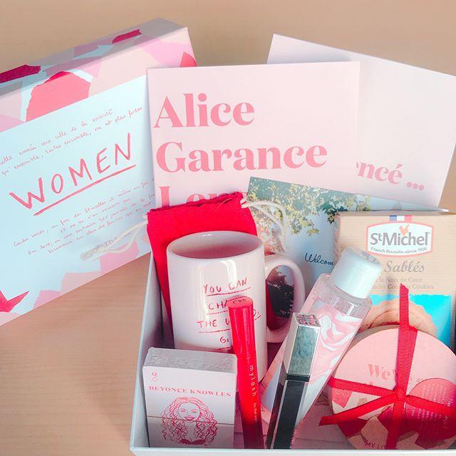 画像: 1月のMy little Boxが届きました 今月のテーマは「WOMEN」 全ての女性にパワーを与えてくれる素敵なアイテムが盛りだくさん✨ 特に注目のアイテムはGIVENCHYのコスメ あなたの元に何が入ってくるかは届いてからのお楽しみ‥‥♡ ☞ス ... www.instagram.com