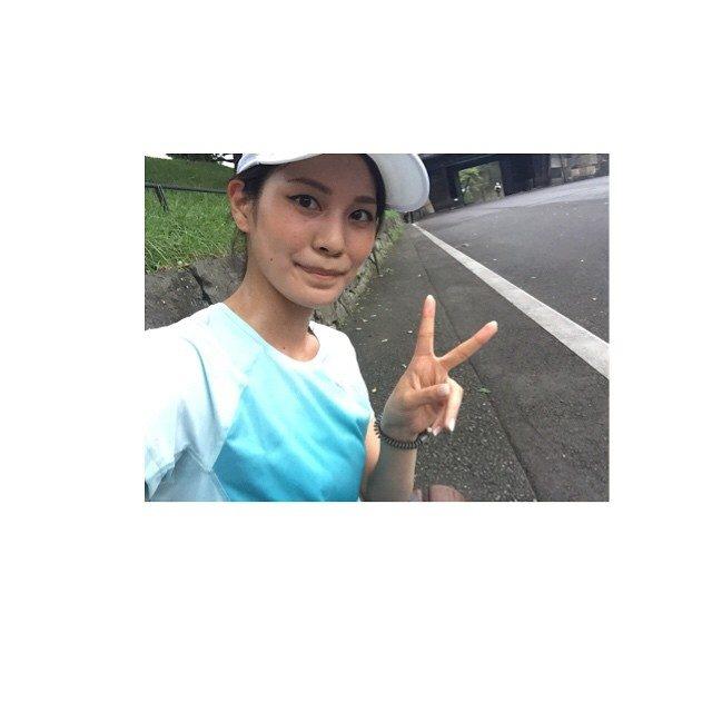 画像: #running #PUMA #皇居 #そなえろ #そなえる #RungirlNight #training  汗が滴るい勢い 気持ちがいい〜♪♪ instagram.com