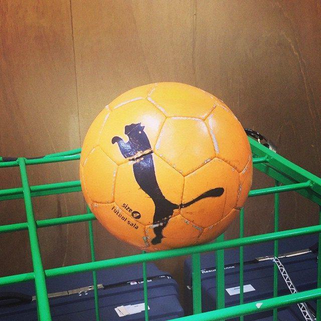 画像: #大学 #PUMA #Futsal #soccer #campus 撮影現場にPUMAボール♡ 運命を感じた笑 instagram.com