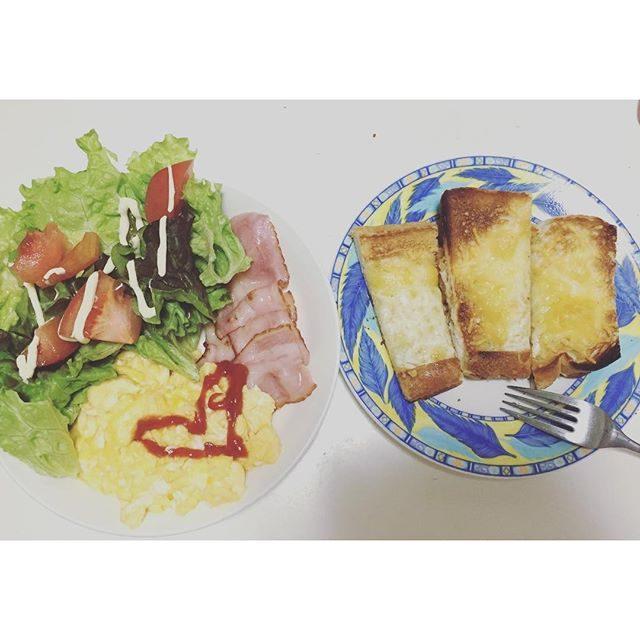画像: おはようございます♡ 今日もお気に入りのチーズとメープルトーストでもりもり食べて、朝から活動‼︎ 天候が悪い事だけが残念ですが、今日も楽しい1日にしたいと思います(^^)☆ #Happy #バレンタイン #バレンタインデー  #ハート #朝食  # ... www.instagram.com