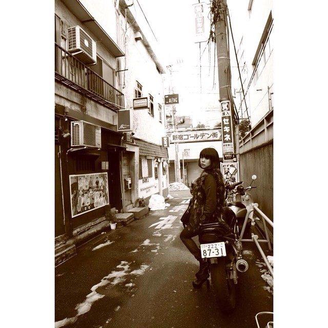 画像: 撮影で懐かしい場所へ…♡ 思い返すとたくさん浮かんで あたし東京でこんなに思い出あるんだって驚いた^ ^ #撮影 #shooting#作品 instagram.com