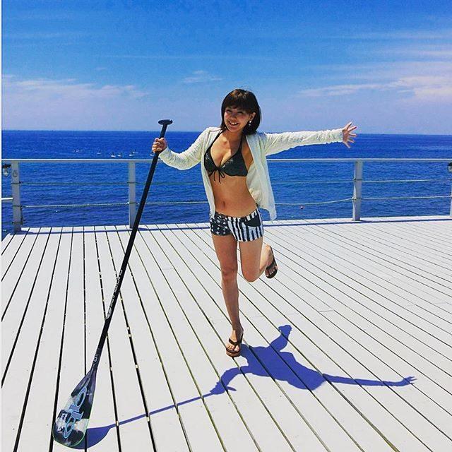 画像: 人生初めての#三崎 #ビーチバム 加工しなおし〜*\(^o^)/* きょうは#BABY_G さんのイベント♡ 海に来てまーす!  セレブで話題の #スタンドアップパドル チャレンジー♡ #BABYG_JP instagram.com