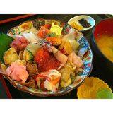 画像: #海鮮丼♡♡♡ 静岡で食べてきたよー*\(^o^)/* #完食失敗 instagram.com