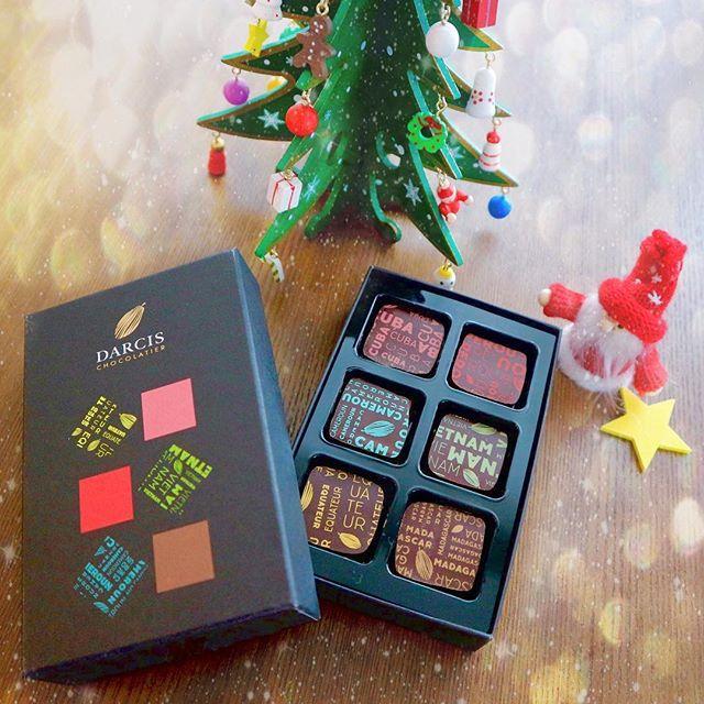 画像: ・ #サンタ さんが狙ってる 自分への #ご褒美チョコ だから あげないよーーー笑 ・ ベルギーチョコ #DARCIS の #beantobonbon (#ビーントゥボンボン) どの味もとっても美味しかった ・ #バレンタイン 要チェックだね❤️ ... www.instagram.com