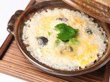 画像: すっぽん、鯛など和食ならではの出汁の味わいを生かした繊細な料理から、ごろごろとした牛筋が入ったハヤシライスまで、食事までしっかり楽しみたい方にも満足いただけるラインナップとなっています。 ■すっぽん出汁のほっこり雑炊 2,000円 ■鯛出汁 潮ushioラーメン 1,200円 ■牛筋の特製ハヤシライス 1,200円