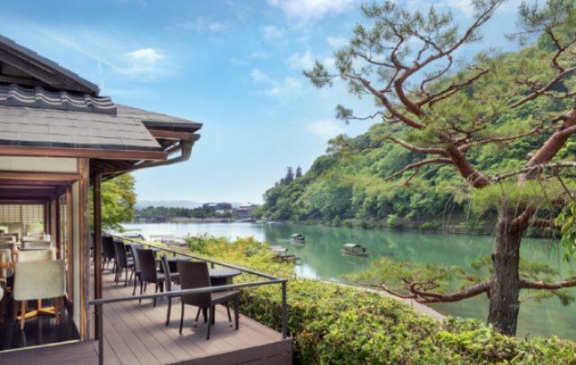 画像: 保津川沿い眺めのよいカフェ「茶寮 八翠」