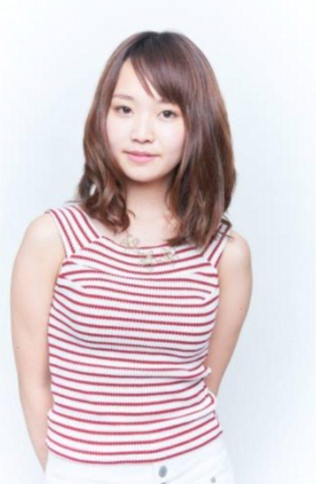 """画像: 新井美瑛子 Mieko Arai 20 出身地/居住地 埼玉/埼玉   血液型 O 生年月日 1994/10/17   159cm <自己PR> はじめまして!私は大学で英語を勉強しながら""""美瑛子""""として音楽活動をしていて、芸能界で活躍する歌手・タレントになるためこのオーディションに参加しました。これが最後のチャンスと思い全てをかけて挑みます!!"""