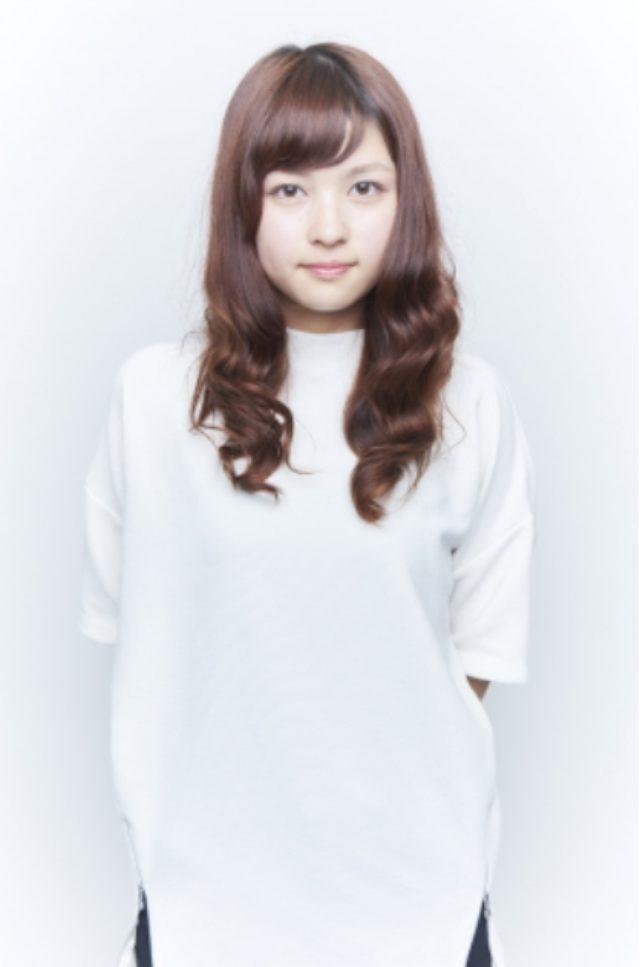 画像: 藤田菜々子 Nanako Fujita 20 出身地/居住地 福岡/山口   血液型 AB 生年月日 1995/3/5   169cm <自己PR> 音楽を聴くこと、歌うことが好きなどこにでもいる普通の女の子です。 田舎に住んでいるから、東京は遠いから、という言い訳はやめて今回思い切って応募しました。グランプリ目指して不器用なりに精一杯頑張ります。