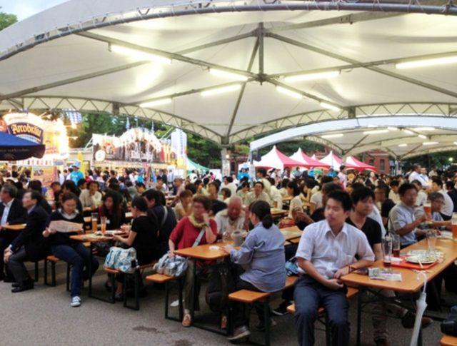 画像: 30種以上の生ビールとドイツ料理に加え、ドイツ音楽バンドも登場!