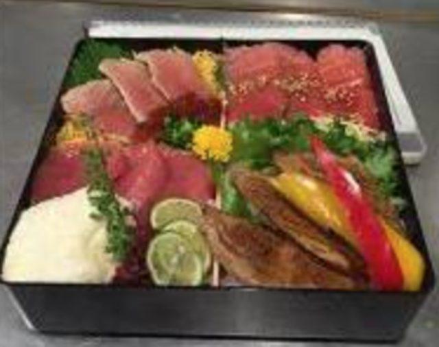 画像: 「刺身」「たたき」「づけ」「焼き」の4種の調理法を食べ比べ 近大マグロ食べ比べ重 3,500円