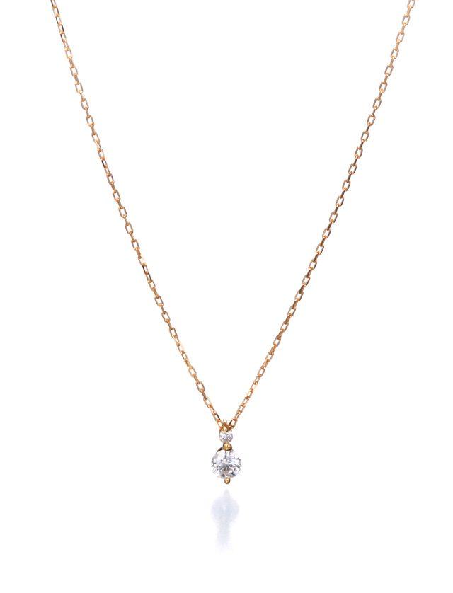 画像: 【JUPITER】 paireネックレス [K18YG×ダイヤ] ¥54,000(税抜) 2石の大小のダイヤがこぼれる雫のように輝くシンプルなネックレス。ダイヤそのものが肌の上に浮いているような繊細なつくりで、普段使いにぴったりの品の良い輝きを放ちます。Jewel Addict SHOWTIMEだけの限定アイテムです。