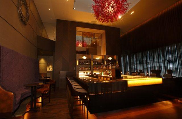 画像3: 銀座のバーにて、ヴィンテージシャンパーニュで乾杯!